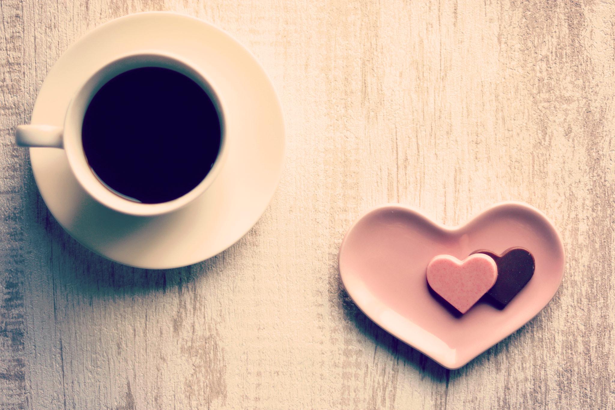 職場でバレンタインは配る?贈る時に気をつけるポイントとおすすめのスイーツ