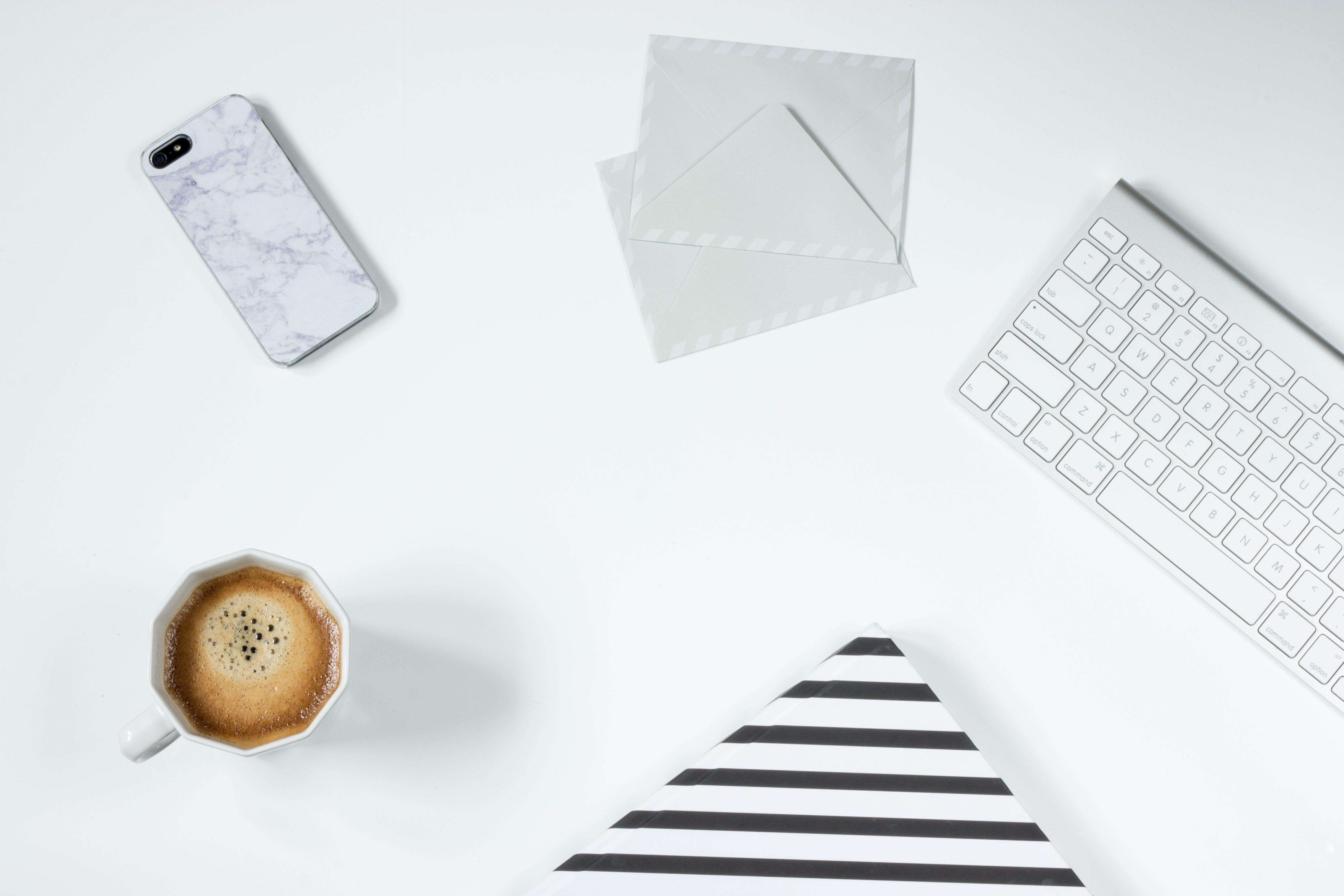 ホワイト企業と判断する12個の特徴